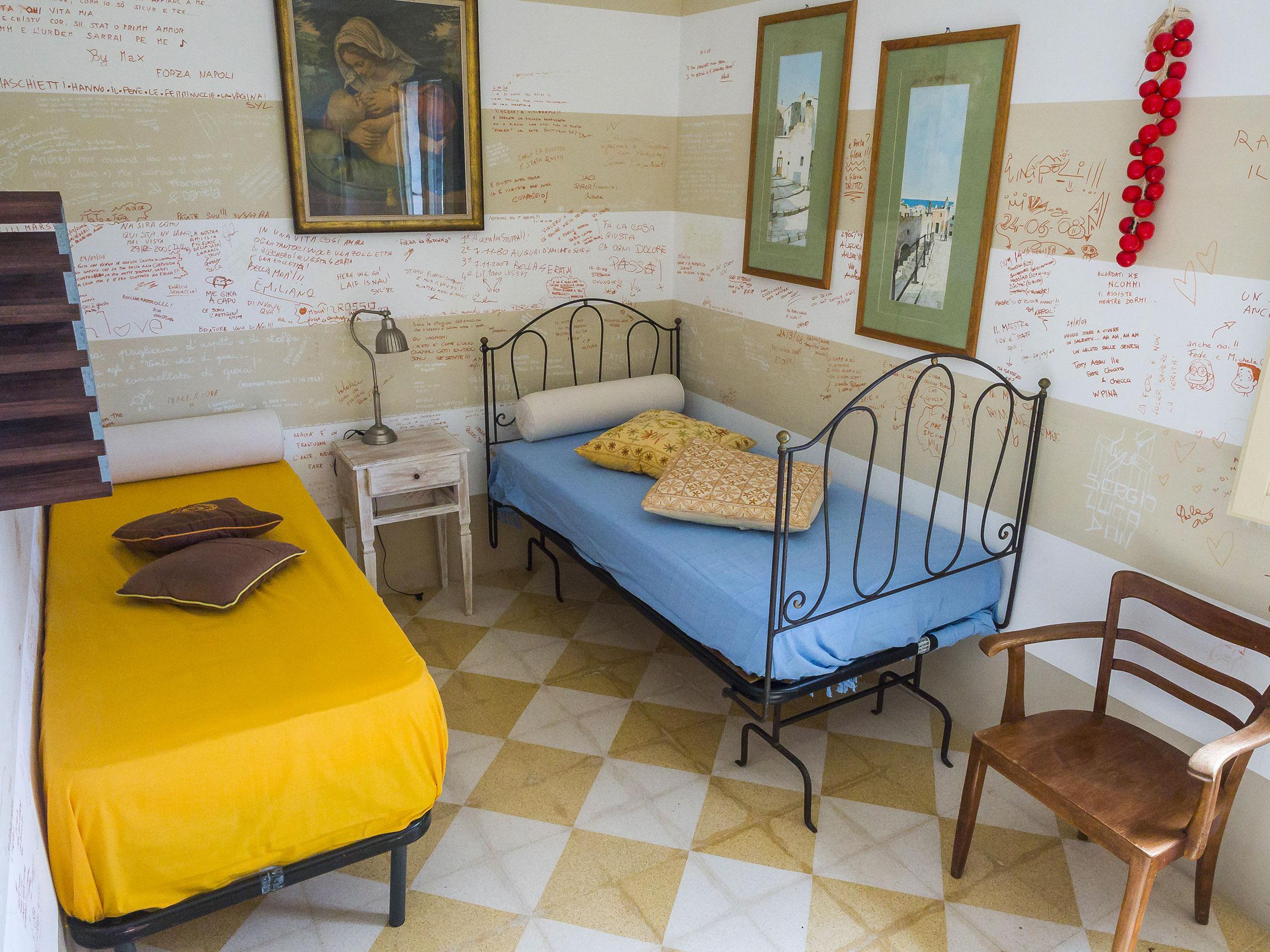 camera doppia con letti singoli nella Tenuta delle Agavi di MadeInGallipoli