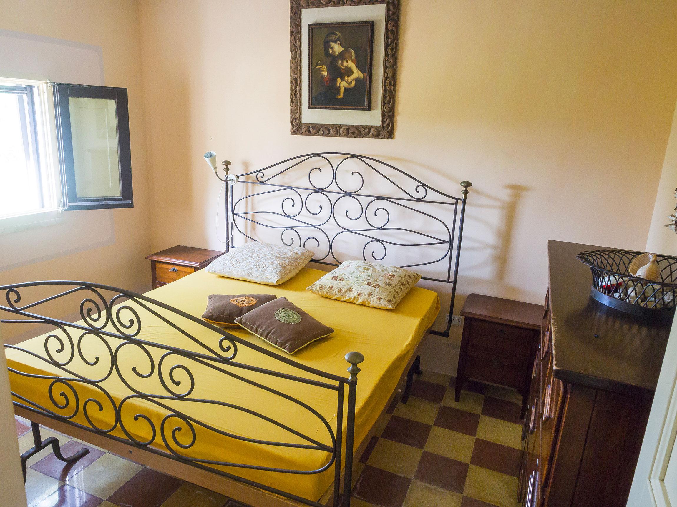 camera da letto matrimoniale nella Tenuta delle Agavi di MadeInGallipoli